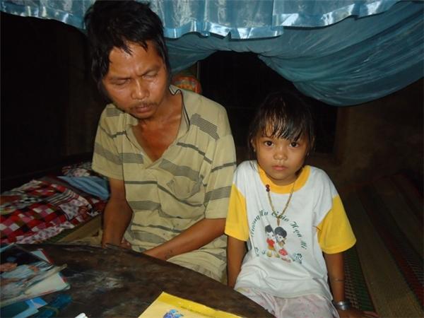 Thùy Dương ra đời đúng thời điểm gia đình khó khăn nhất