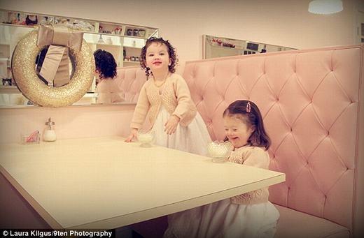 Những công chúa nhỏ trong thư viện. (Ảnh:Laura Kilgus)