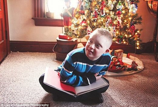 Hành động của các bé như khiến chúng ta thêm quý trọng cuộc sống hơn, làm những ai đang chán nản cũng trở nên mạnh mẽ hơn để vượt qua khó khăn. (Ảnh:Laura Kilgus)