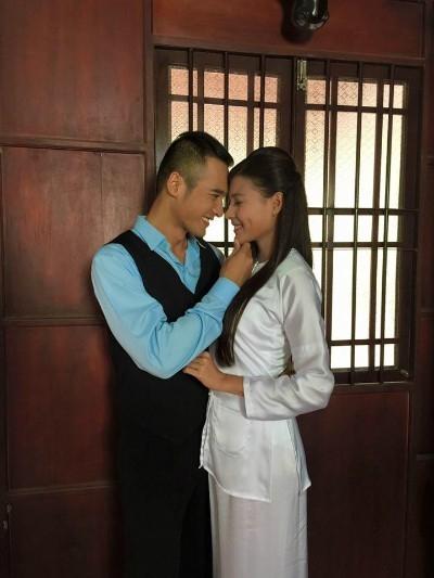 Cặp đôi đã đăng ký kết hôn và tổ chức lễ đính hôn hôm 2/10. - Tin sao Viet - Tin tuc sao Viet - Scandal sao Viet - Tin tuc cua Sao - Tin cua Sao