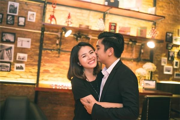 Vân Trang hạnh phúc khi nhận được lời cầu hôn của người yêu vào ngày 2/10. - Tin sao Viet - Tin tuc sao Viet - Scandal sao Viet - Tin tuc cua Sao - Tin cua Sao