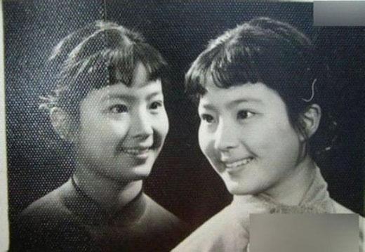 Vẻ đầy đặn của mẹ Lưu Diệc Phi.