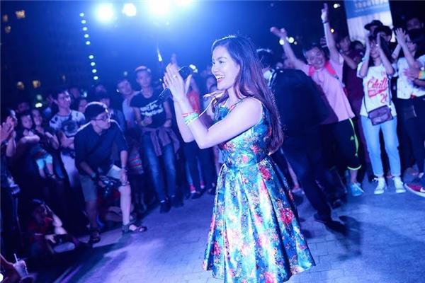 Đã tai với street show cuối cùng của Monsoon Music Festival 2015