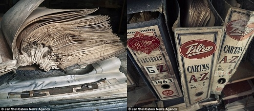 Những tập hồ sơ cũ tại một nhà máy dệt may đổ nát ở Tây Ban Nha cho thấy hầu như không ai dọn vật dụng ra khỏi tòa nhà này từ khi có quyết định đóng cửa.(Nguồn: Jan Stel)
