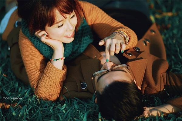 Bộ ảnh cưới không cầu kì mà mang lại cảm giác cực kì yên bình và chân thành.(Ảnh Internet)