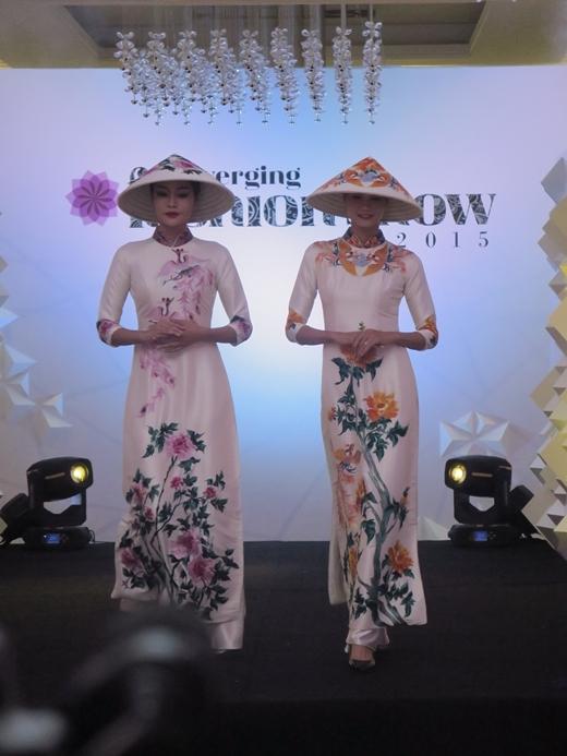 Ấn tượng với Converging Fashion Show 2015