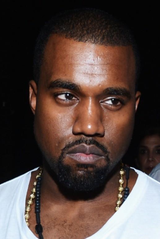 Kanye West đã quay trở lại Twitter.