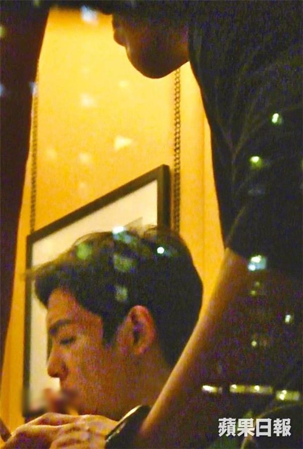 Loạt sao Hàn bị lên án vì hình ảnh hút thuốc