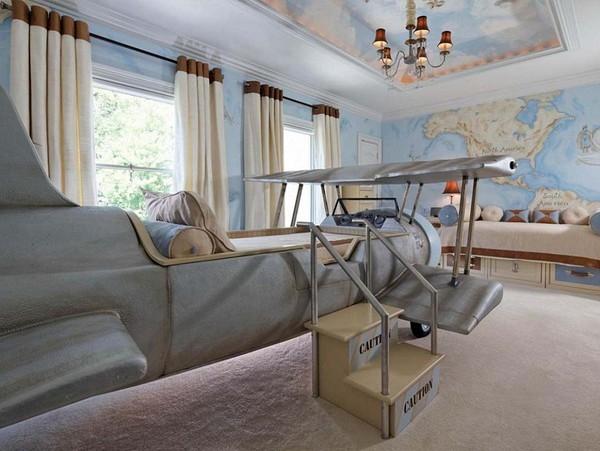 """Căn phòng dành cho một """"hoàng tử"""" thích lái máy bay."""