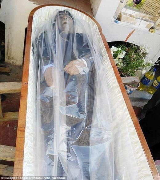 """Bạn đã nghe qua chất bảo quản xác chết trong tình trạng còn """"tươi""""?"""