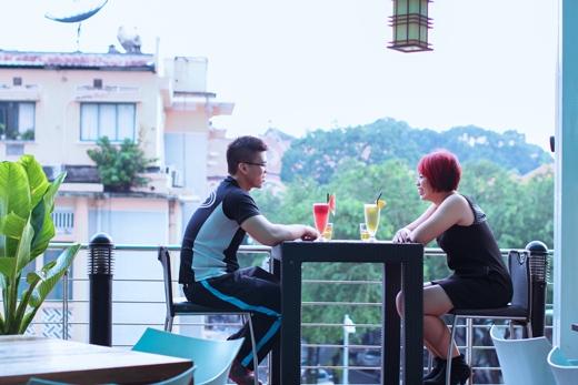 Ngọc Hân và bạn thân lâu năm đã có một cuộc gặp gỡ đặc biệt trong không gian vô cùng lãng mạn.