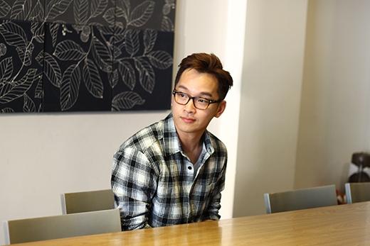 Tuy được sinh ra và lớn lên trong gia đình có truyền thống làm bếp nhưng Yun Lukas phải mất một khoảng thời gian dài đi du học và làm việc mới nhận ra đam mê lớn nhất của mình chính là làm bánh.
