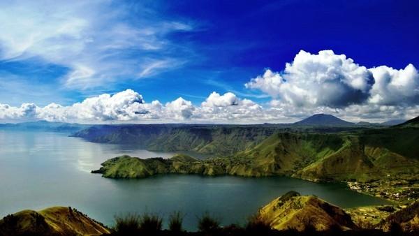 Khu vực hồ núi lửa Toba (Indonesia)