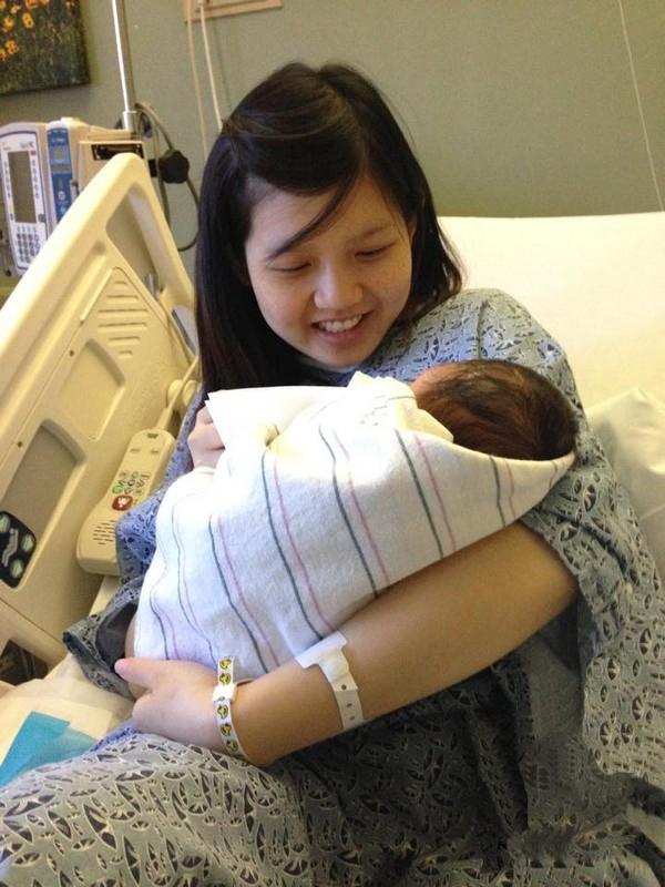 Hình ảnh mập mạp của Tiểu Giang trong quá khứ và sau khi sinh con đầu lòng.(Nguồn: Internet)
