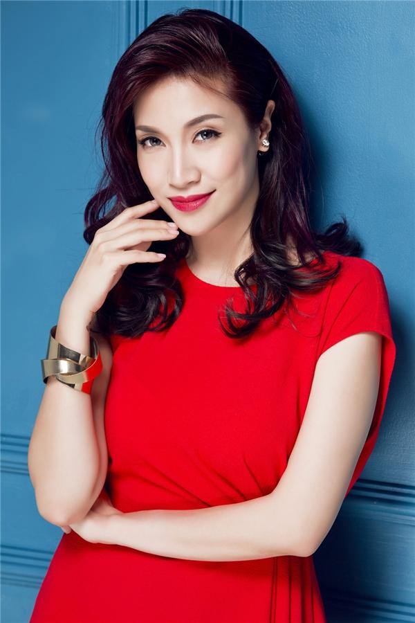Bỏ qua scandal, Pha Lê bất ngờ tái xuất với hình ảnh sang trọng - Tin sao Viet - Tin tuc sao Viet - Scandal sao Viet - Tin tuc cua Sao - Tin cua Sao