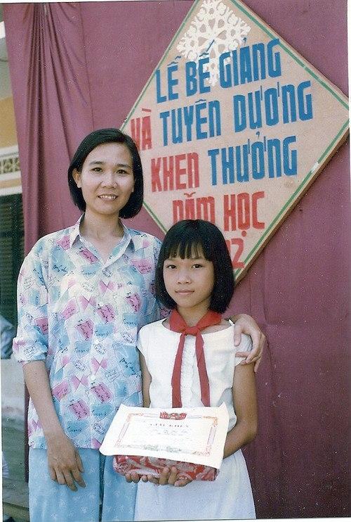 Nhưng đồng thời, Mỹ Tâm cũng là một học sinh ngoan và chăm học. - Tin sao Viet - Tin tuc sao Viet - Scandal sao Viet - Tin tuc cua Sao - Tin cua Sao