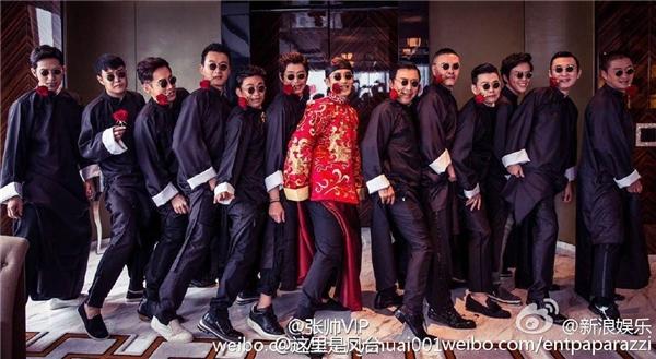Huỳnh Hiểu Minh và AngelaBaby rạng rỡ trong trang phục cưới truyền thống