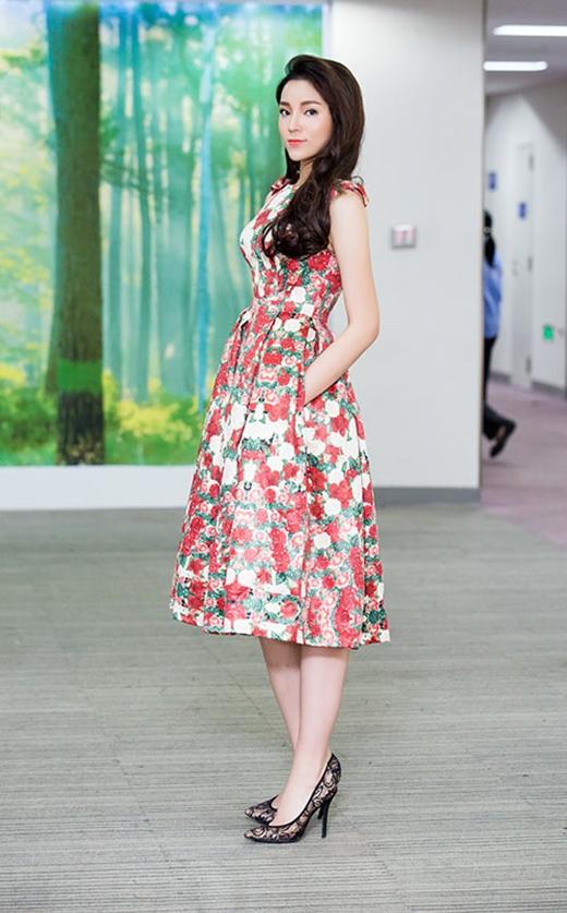 Những trang phục giúp hoa hậu Kỳ Duyên ghi điểm