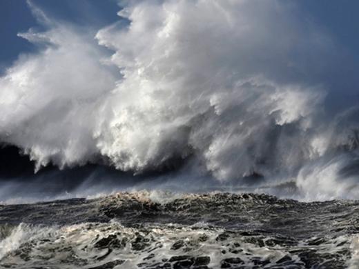 Siêu sóng thần có khả năng nhấn chìm một vùng đất rộng lớn.