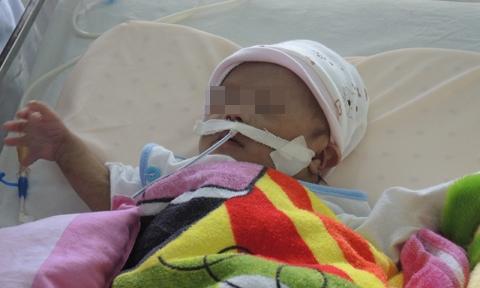 Bé sơ sinh bị người thânbỏ rơi tại bệnh viện. Ảnh: CA TP.HCM