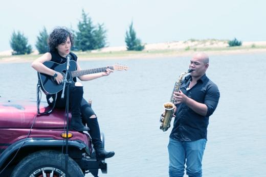 Đến với Mộc (Unplugged) tuần này, Tiên Tiên sẽ hát lại 2 ca khúc ruột của mình nhưng theo một phong cách hoàn toàn mới lạ.