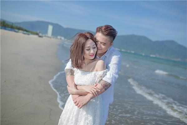 Hai bộ ảnh cưới mang phong cách hoàn toàn trái ngược đã cùng Vũ Duy Khánhkhuấy đảo cộng đồng mạng những ngày gần đây. - Tin sao Viet - Tin tuc sao Viet - Scandal sao Viet - Tin tuc cua Sao - Tin cua Sao