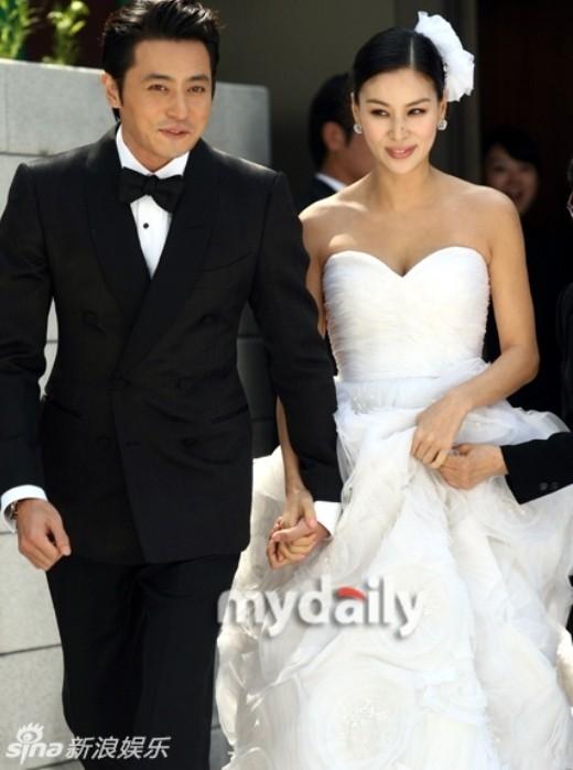 Lóa mắt với những đám cưới triệu đô của sao châu Á