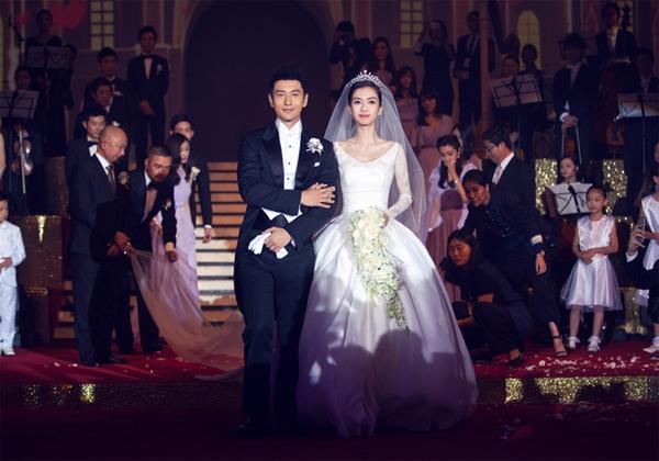 """""""Đám cưới thế kỷ"""" của Hiểu Minh, Anglelababy với nhiều phản hồi trái chiều."""