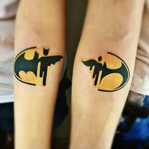Mỗi người một nửa Batman cũng hợp lí nhỉ?(Ảnh Internet)