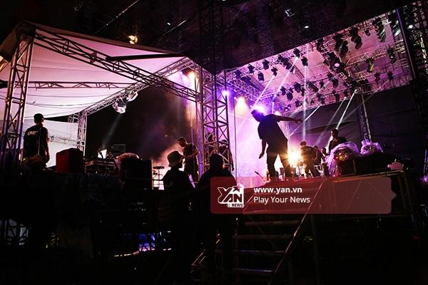 Độc quyền: Những khoảnh khắc không thể quên của Joss Stone tại Monsoon 2015