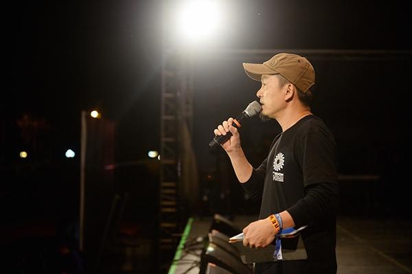 Nhạc sĩ Quốc Trung xúc động chia sẻ những suy nghĩ cũng như tình cảm dành cho Monsoon 2015. - Tin sao Viet - Tin tuc sao Viet - Scandal sao Viet - Tin tuc cua Sao - Tin cua Sao
