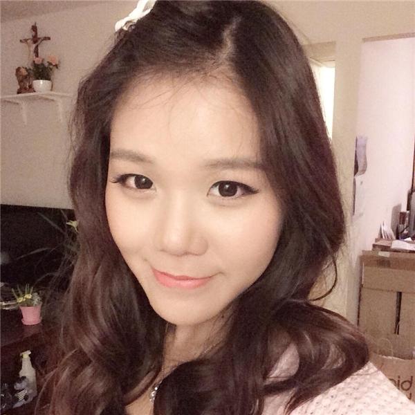 Mina chia sẻ cô nàngrất ghen tị với những bạn đã được xem bộ phim mang đậm dấu ấn Việt Nam Tôi thấy hoa vàng trên cỏ xanh.(Nguồn: Internet)