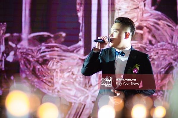 """Vũ Duy Khánh tình cảm hát """"Vợ yêu"""" tặng Tiên Moon trong lễ cưới - Tin sao Viet - Tin tuc sao Viet - Scandal sao Viet - Tin tuc cua Sao - Tin cua Sao"""