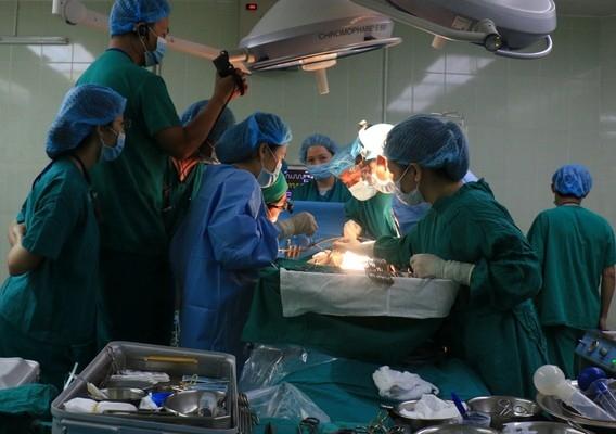 Hiện sức khỏe của các bệnh nhân và 2 người con hiến ganđã ổn định. Ảnh: Internet