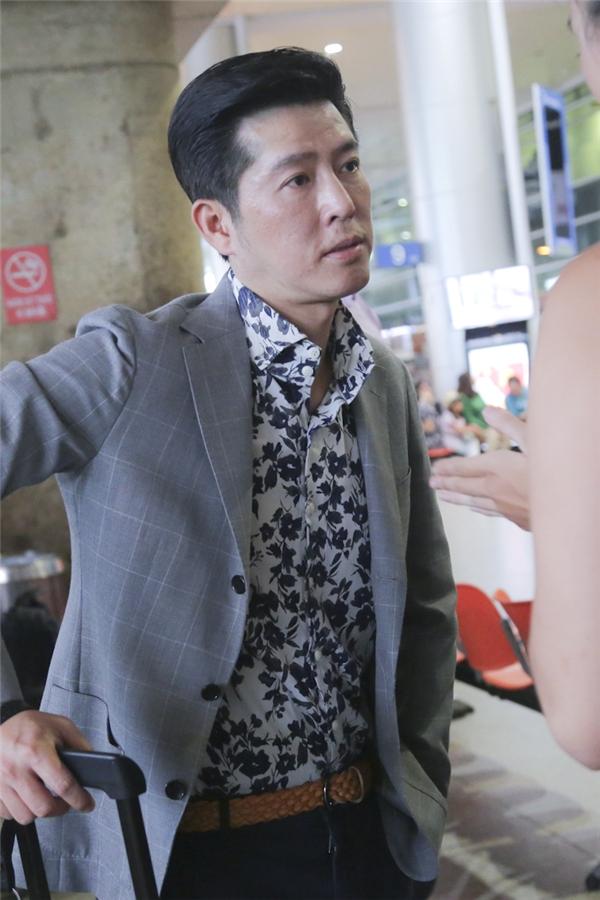 Sebastian Gunawan là nhà thiết kế hàng đầu tại Indonesia, nổi tiếng với dòng trang phục dạ hội được thiết kế tinh tế và kĩ lưỡng đến từng chi tiết.