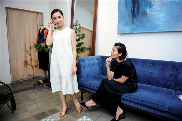 Được biết Li Lam rất kén chọn người mẫu để trình diễn cho bộ sưu tập Nguyên bản.