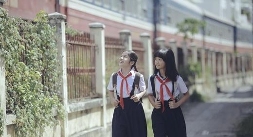 Nhân vật Tú và Nhi lúc nhỏ do bé Thiên Kim và Thanh Mỹ đảm nhận. - Tin sao Viet - Tin tuc sao Viet - Scandal sao Viet - Tin tuc cua Sao - Tin cua Sao