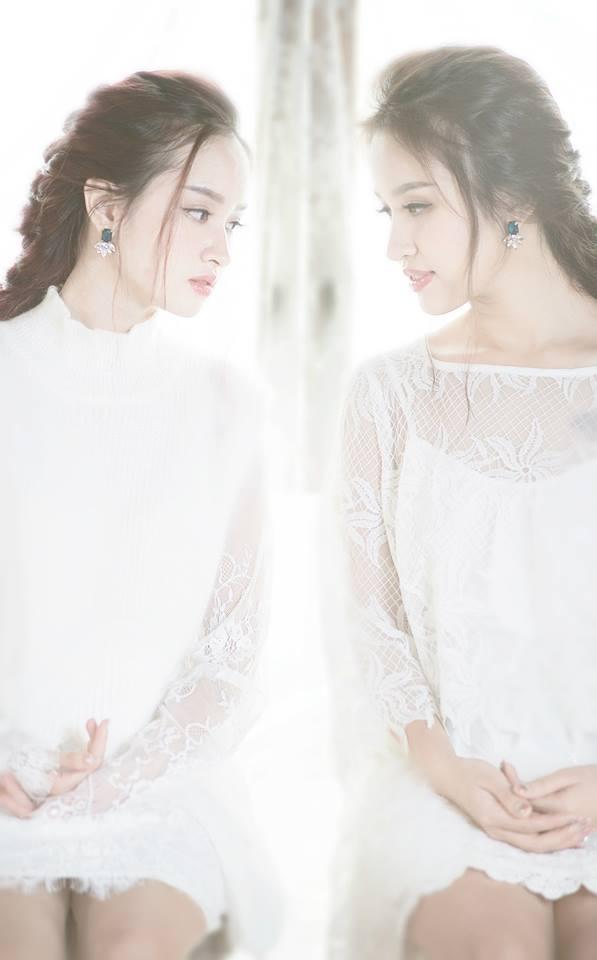 """Cặp """"chị em song sinh"""" khiến nhiều người vô cùng bất ngờ vì giống nhau từ mắt, môi đến cả nụ cười lôi cuốn. (Ảnh: Internet)"""