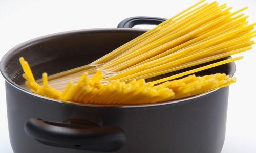 Luộc mì spaghetti đúng cách