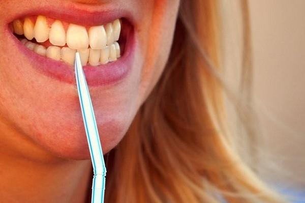 Dùng để xỉa răng