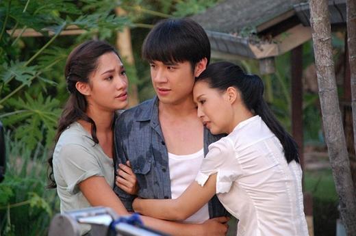 New Chaiyapol trong phim Lốc xoáy tình yêu.