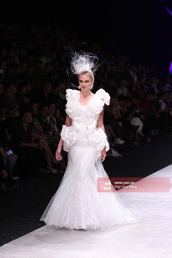 Văn hóa Nhật Bản tràn ngập sàn diễn Vietnam International Fashion Week 2015