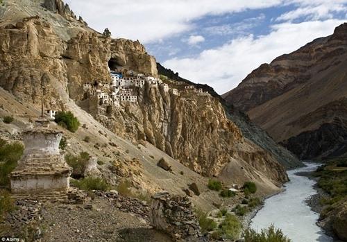 Sapa lọt top vùng đất kì bí nhất thế giới