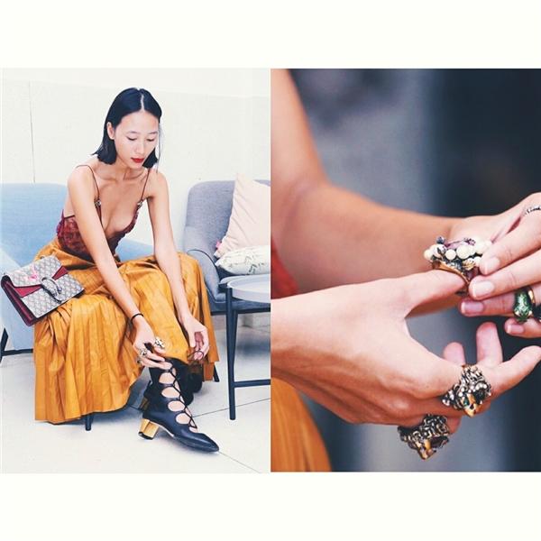Nguyên cây hàng hiệu Gucci mà Trang Khiếu diện trong đêm diễn đầu tiên của Vietnam International Fashion Week. - Tin sao Viet - Tin tuc sao Viet - Scandal sao Viet - Tin tuc cua Sao - Tin cua Sao