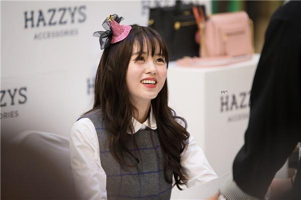 Sao nhí Kim So Hyun hớp hồn fan với vẻ đẹp như thiên thần