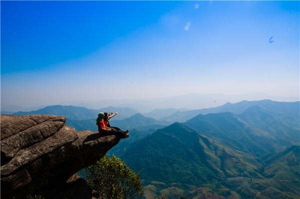 Chinh phục đỉnh Pha Luông – cảm giác tuyệt vời mà ai cũng muốn trải nghiệm. (Ảnh: Internet)