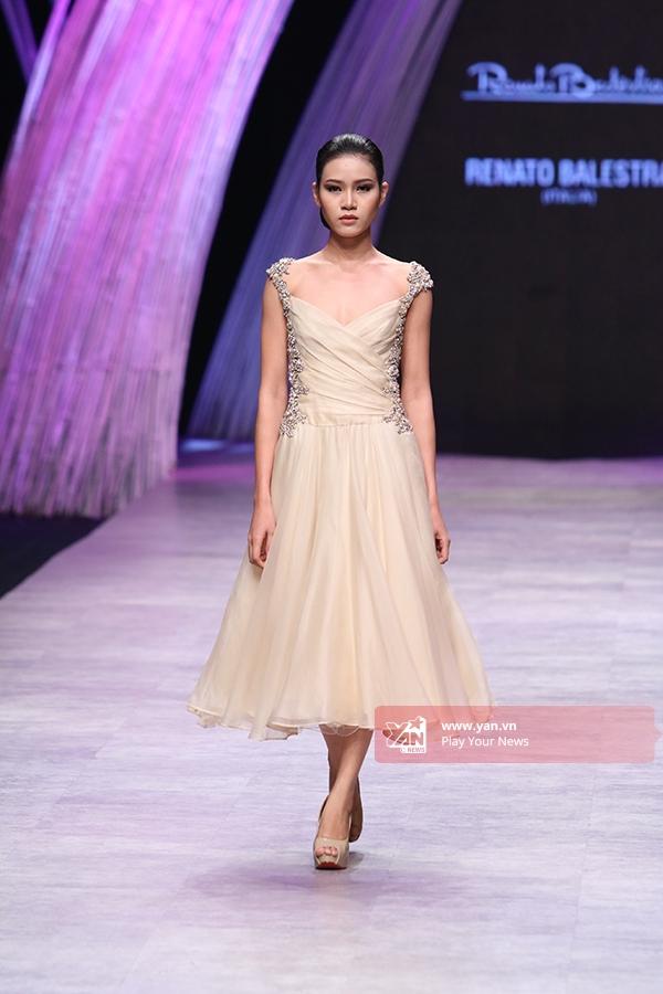 Chiêm ngưỡng váy áo xa hoa của nhà thiết kế 91 tuổi Renato Balestra