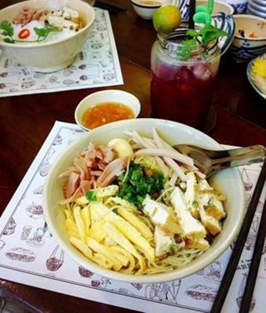 Mì trộn Việt Nam - biến tấu đầy ngẫu hứng.(Nguồn: Internet)