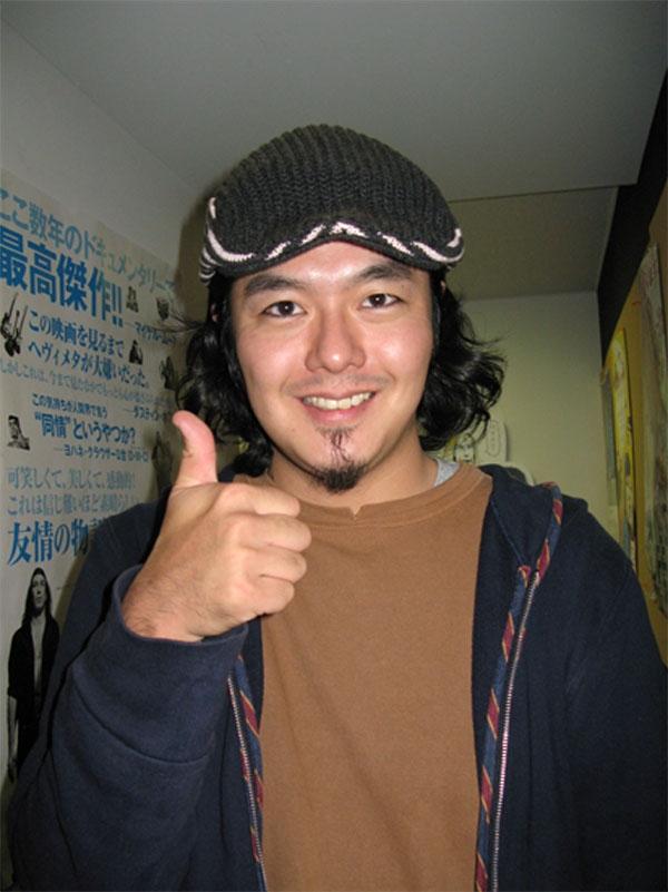 """Bộ phim Glowing, Growing (2001) do anh đạo diễn cũng giành được giải """"Dragon and Tiger"""" tại Liên hoan phim Quốc tế Vancouver."""