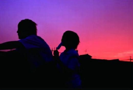 Khung cảnh lãng mạn thật, họ hạnh phúc quá!